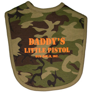 gun_girls_inc_baby_camo_daddys_little_pistol_baby_bib